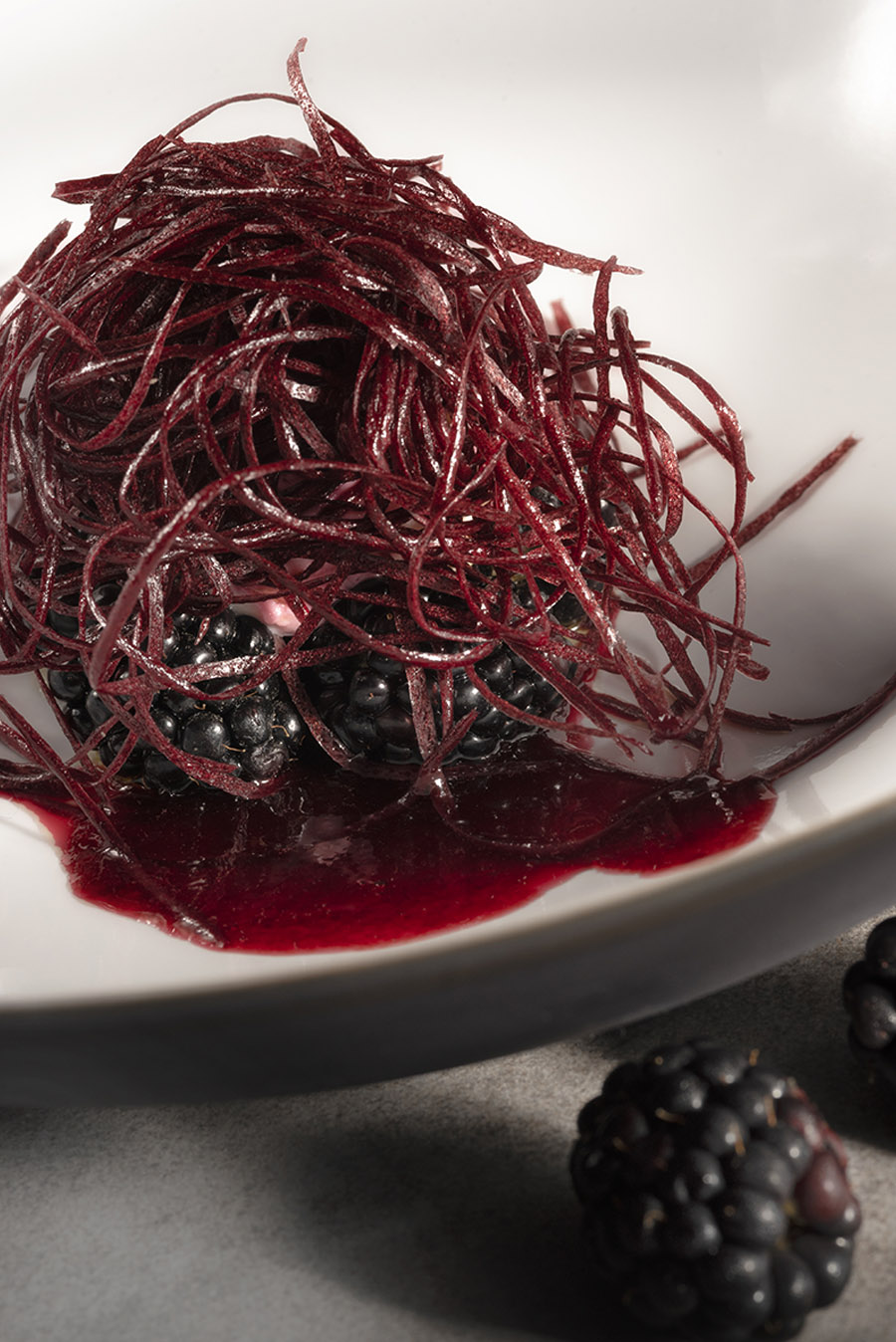 Blackberry by pastry chef Cédric Perret